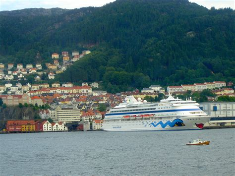 Norway, Bergen - Travel Highlights of the World - and