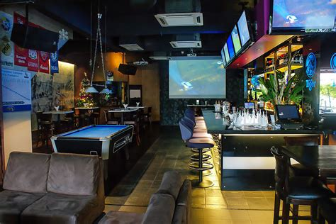 Gridiron Sports Cafe and Lounge - Bangsar sports bar with