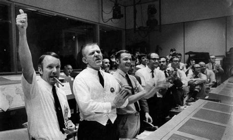 'Mission Control' movie tells flight controllers' stories