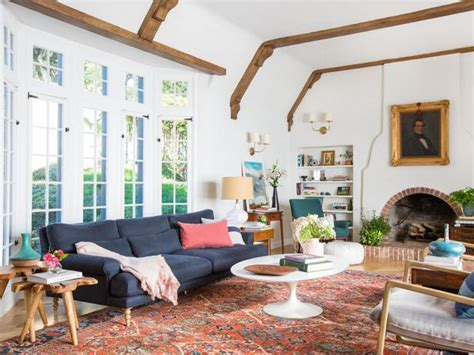 How to Create a Color Palette From a Rug | HGTV