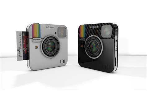 Polaroid brand resurges with family of bridge cameras and