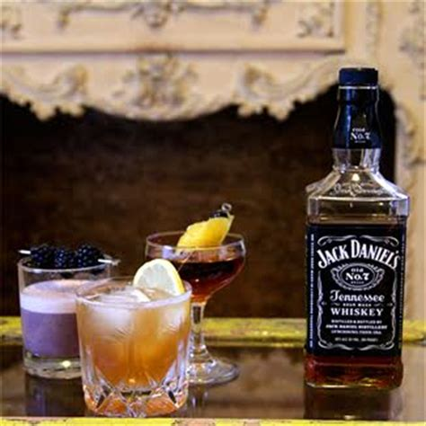 Top 10 Jack Daniel's Whiskey Drinks with Recipes