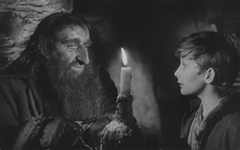 Alec Guinness and John Howard Davies in Oliver Twist (1948)